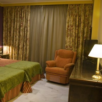 Habitación Doble Hotel Las Acacias Puente Genil Córdoba